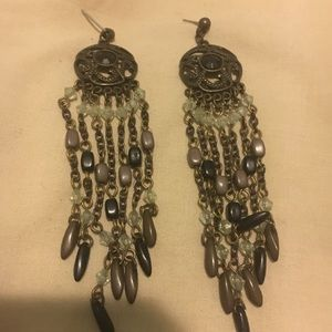 Jewelry - Black stone chandelier post earrings.